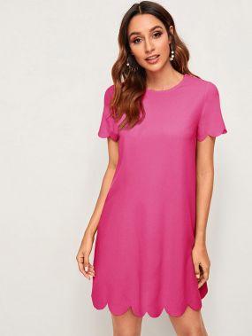 Неоновое розовое платье с фестончатым краем