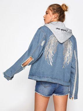 Модная джинсовая куртка с капюшоном и разрезами