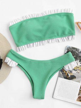 Модный купальник-бикини с открытыми плечами
