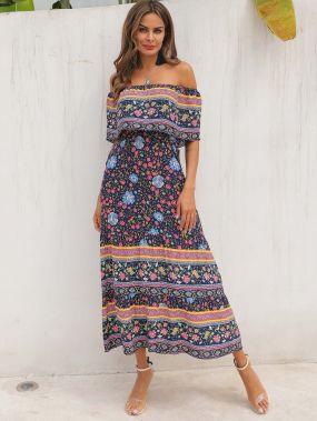 Цветочное платье с открытыми плечами и племенным принтом