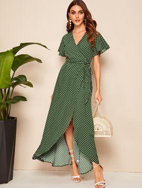 Платье на запах в горошек с оборкой