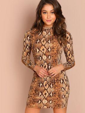 Платье с принтом змеиной кожи