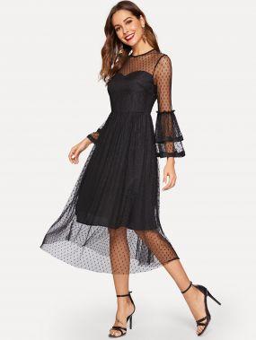 Платье с прозрачным слоем в горох многослойным рукавом колокол и вырезом в виде сердца