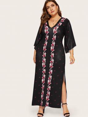Размера плюс цветочное платье с разрезами
