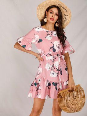 Платье с оборкой, поясом и цветочным принтом