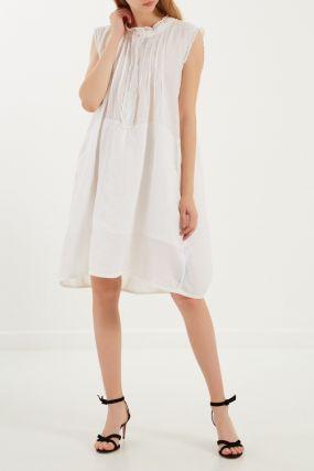 Фактурное платье без рукавов