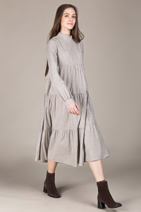 Платье Черешня с воротничком стойка в мелкую клетку с воланами бежевое (42-46)
