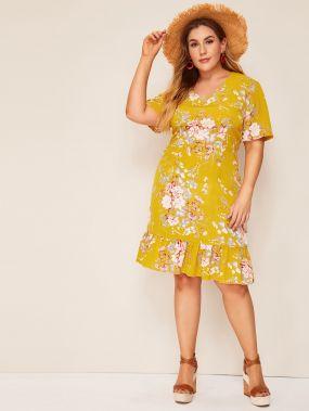 Размер плюс платье с цветочным принтом и оборками
