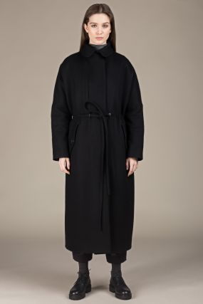 Пальто Черешня с кулиской и вертикальным карманом черное на утеплителе (42-46)