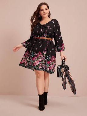 Расклешенное платье размера плюс с цветочным принтом без пояса