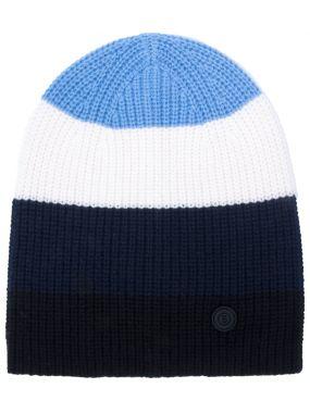 Вязаная шапка из шерсти