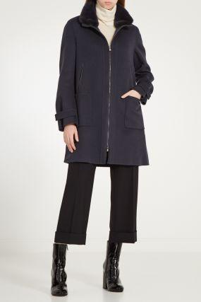 Серое кашемировое пальто с мехом