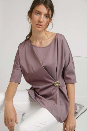 Блузка со складкой