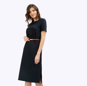 Платье прямого кроя с разрезами