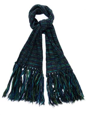 Шерстяной шарф с бахромой