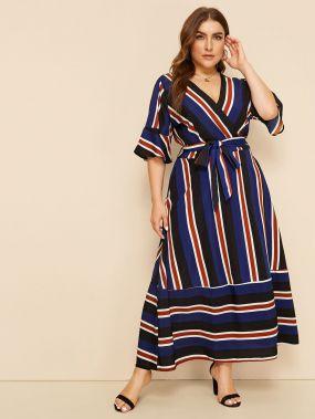 Полосатое платье размера плюс