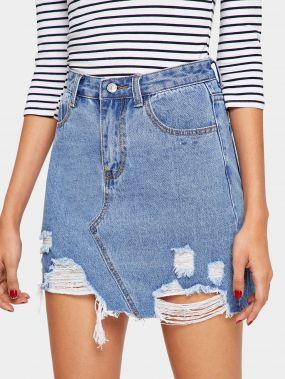 Выбеленная рваная джинсовая юбка