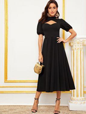 Стильное платье с пышными рукавами