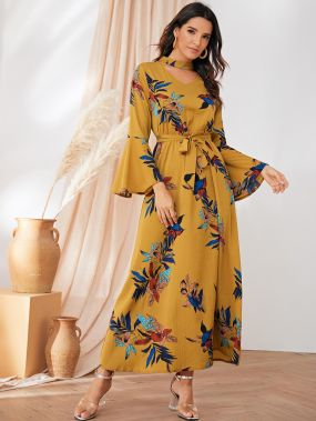 Платье с воротником-чокером, цветочным принтом и поясом