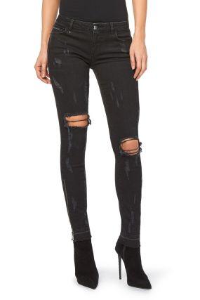 Темно-синие джинсы «скинни» с дырявыми коленями