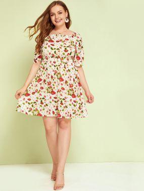 Платье размера плюс с квадратным вырезом и фруктовым принтом