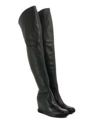 Черные кожаные сапоги-чулки