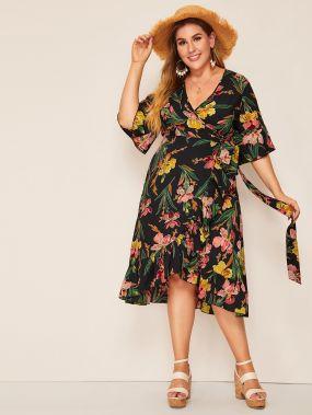 Платье на запах с узлом, оборкой и цветочным принтом размера плюс