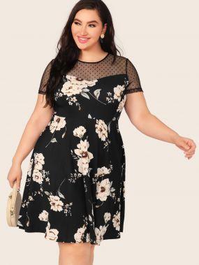 Расклешенное платье с цветочным принтом и сеткой размера плюс
