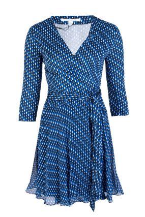 Синее платье с узором