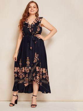 Платье размера плюс с цветочным принтом и оборками