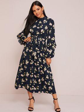 Платье с поясом, цветочным принтом и оборками