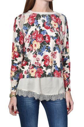 Пуловер с кружевом и цветочными узорами