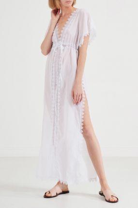 Пляжное платье белого цвета