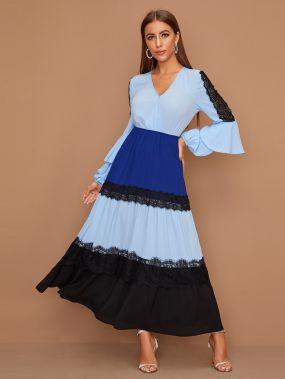 Контрастное платье с кружевной аппликацией