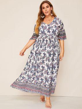 Размер плюс платье с v-образным вырезом и принтом пейсли