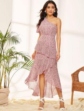 Платье с цветочным принтом, оборкой и одним плечом