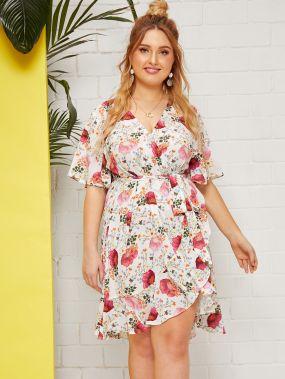 Платье на запах с цветочным принтом, оригинальным рукавом и глубоким V-образным вырезом