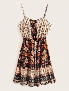 Платье на бретелях с цветочным принтом и кулиской