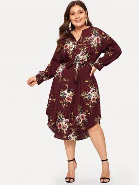 Размера плюс платье с поясом и цветочным принтом