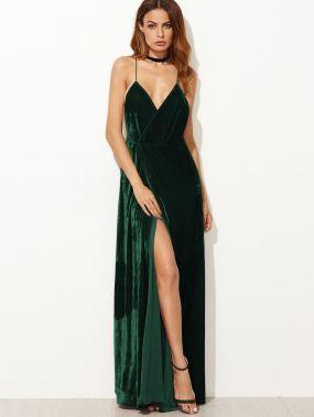 Модное бархатное платье с открытой спиной