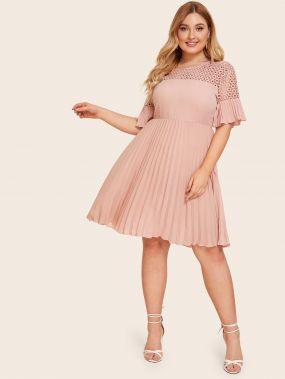 Платье с кружевным плечом размера плюс