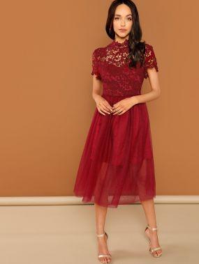 Ситцевое кружевное сетчатое платье