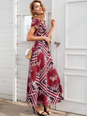 Simplee платье с цветочным принтом и поясом