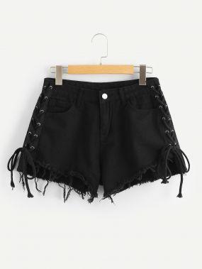 Джинсовые шорты с кружевными оборками и Raw подол