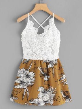 Платье на бретелях размера плюс с цветочным принтом и кружевом