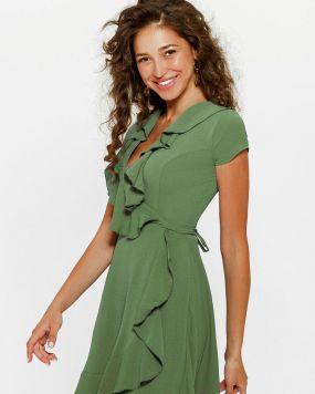 Короткое платье с воланом
