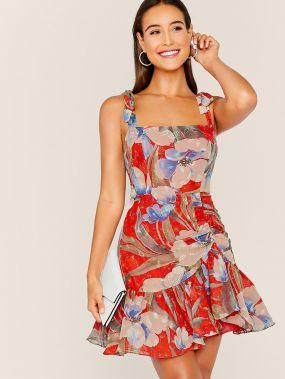 Платье с цветочным принтом и узлом на плечах