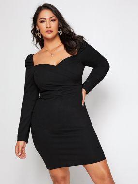 Облегающее платье размера плюс с пышными рукавами