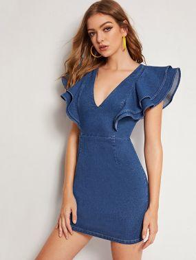 Джинсовое платье с многослойным рукавом
