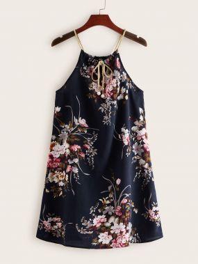 Платье с цветочным принтом, завязкой на шее и жемчугами